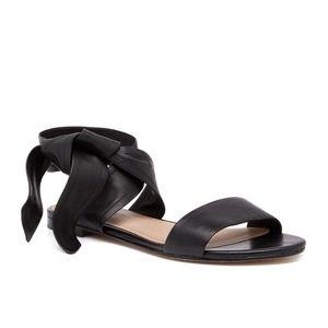 Pour la victorie flat leather black lace up sandal